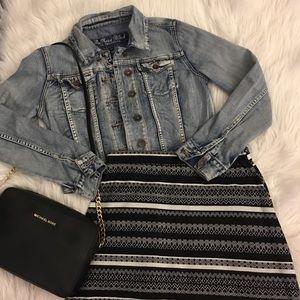 Black & white patterned maxi skirt